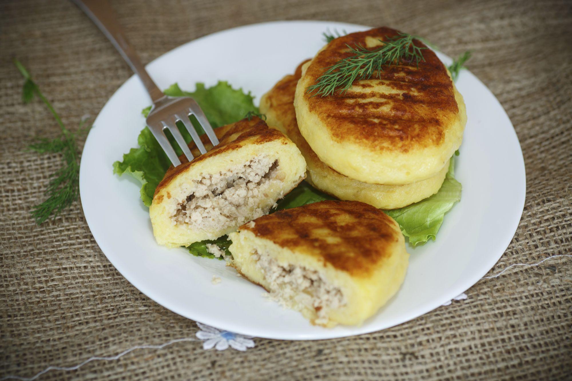 croquetas de patata rellenas de pollo