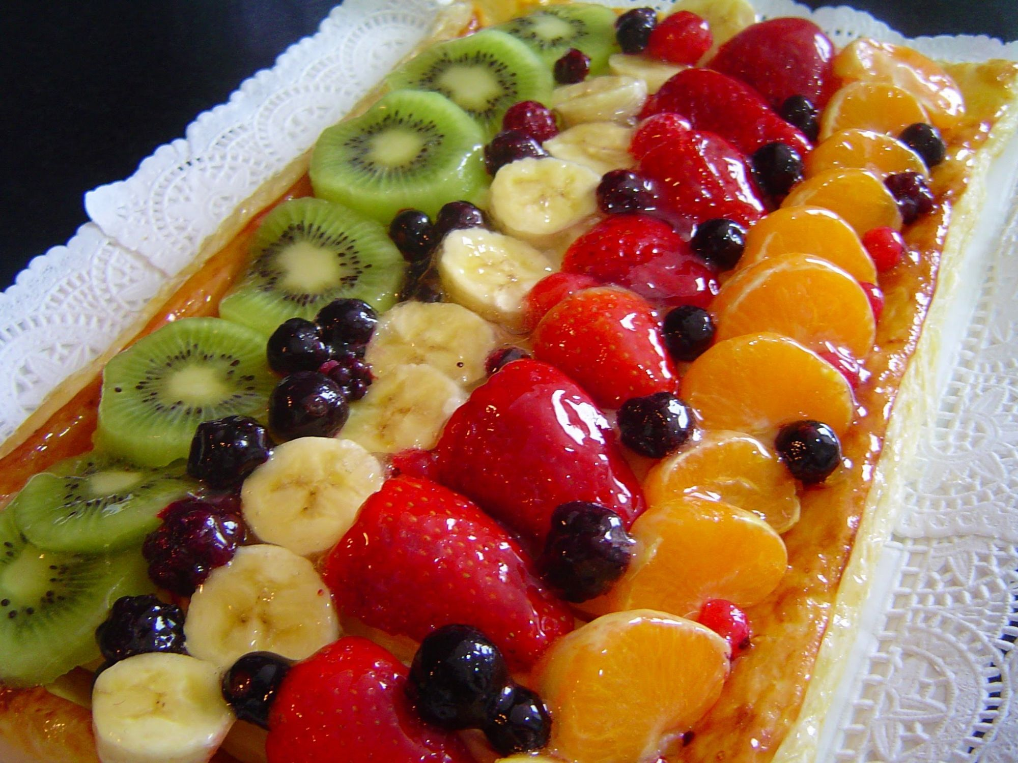 Tarta de hojaldre con frutas 4 5 - Postres con fresas naturales ...