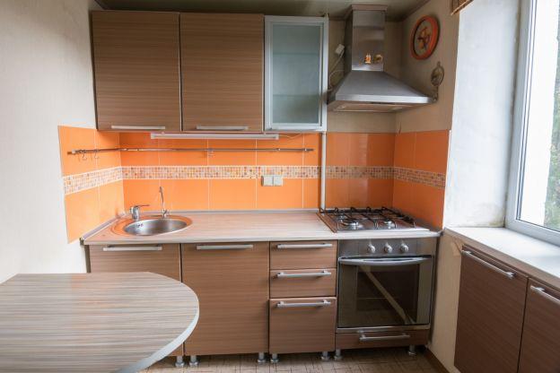 C mo organizar y decorar una cocina peque a for Como organizar una cocina pequena