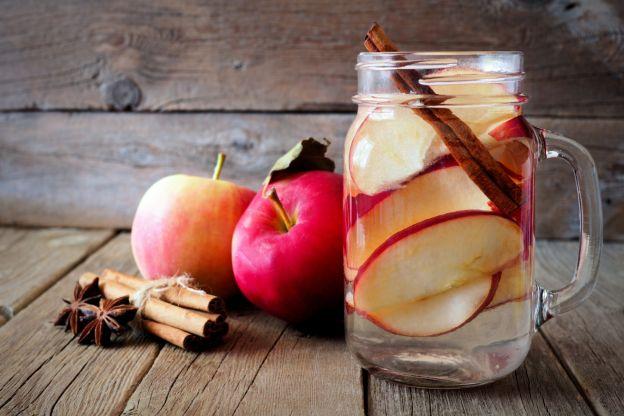 Resultado de imagen para agua de manzana con canela