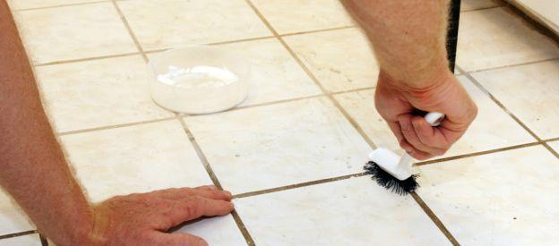 Limpiar juntas baldosas suelo cocina finest limpiar - Limpiar baldosas cocina ...