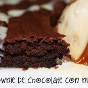 Brownie de chocolate con nueces fácil