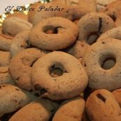 Galletas de mantequilla y rosquitas de chocolate