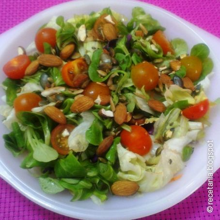 Ensalada con frutos secos