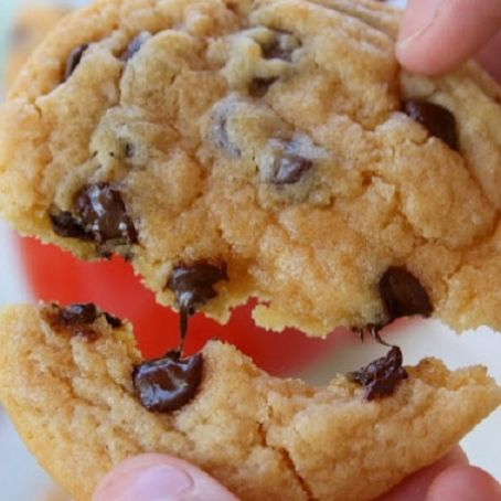 Chewy chocolate chip cookies (Eva home baked)