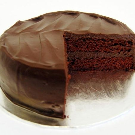 Simple Spelt Chocolate Cake