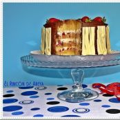 Layer cake: fresas y crema de avellanas con chocolate