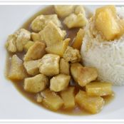 Pollo con piña al curry