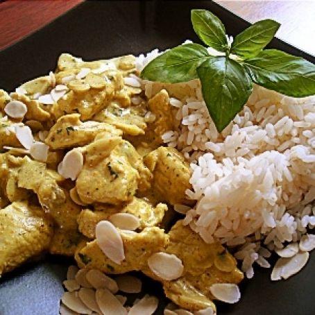 Pollo Con Albahaca Y Leche De Coco 3 7 5