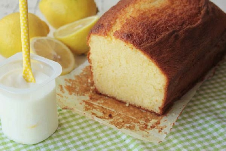 Bizcocho de yogur esponjoso casero 3 9 5 for Como hacer bizcocho de yogur esponjoso
