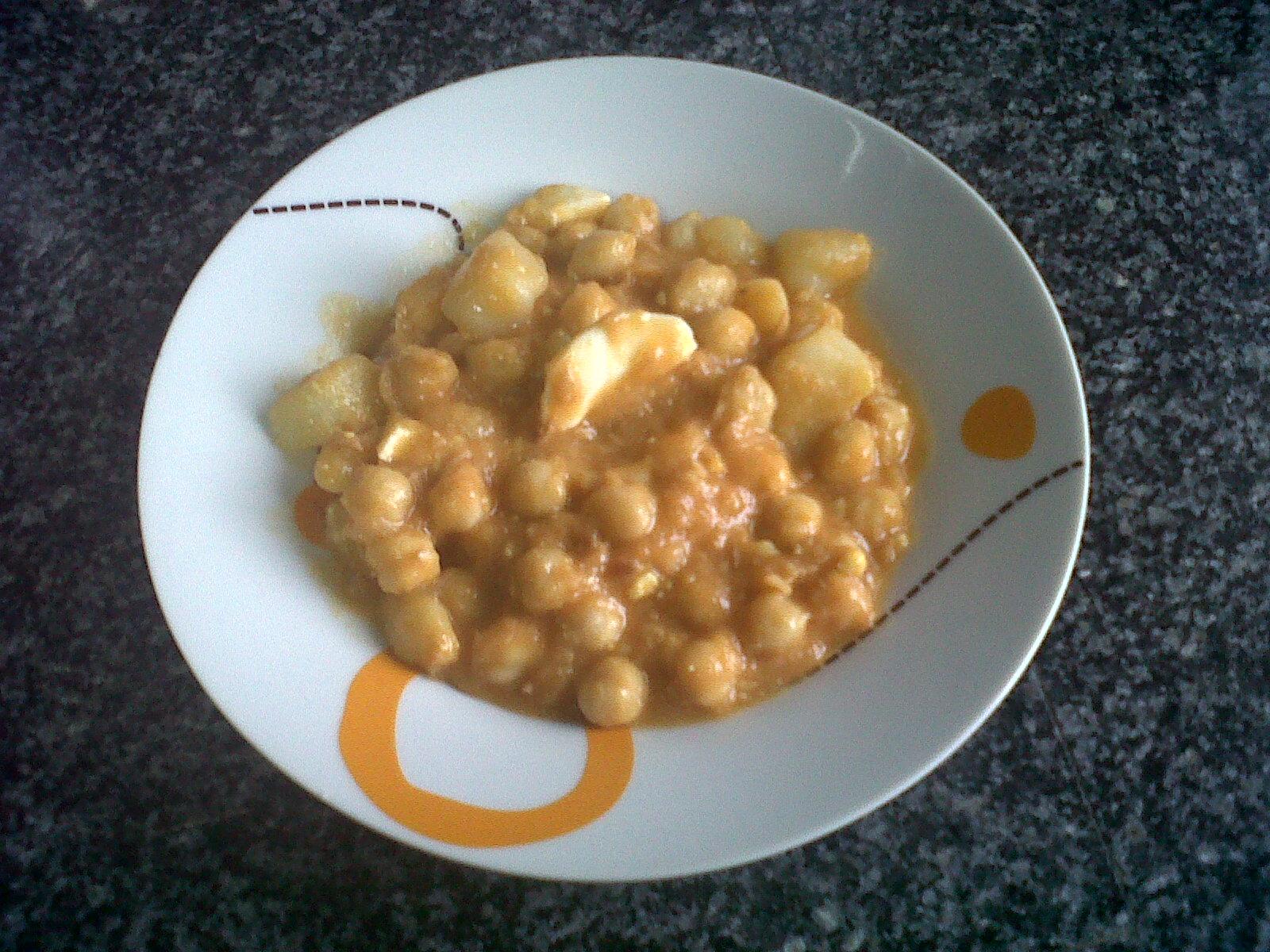 Garbanzos con at n y huevo cocido 4 2 5 - Garbanzos olla express ...